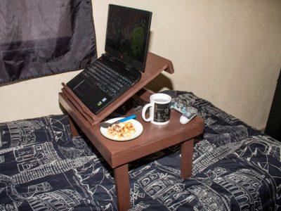 Mesa laptop para cama